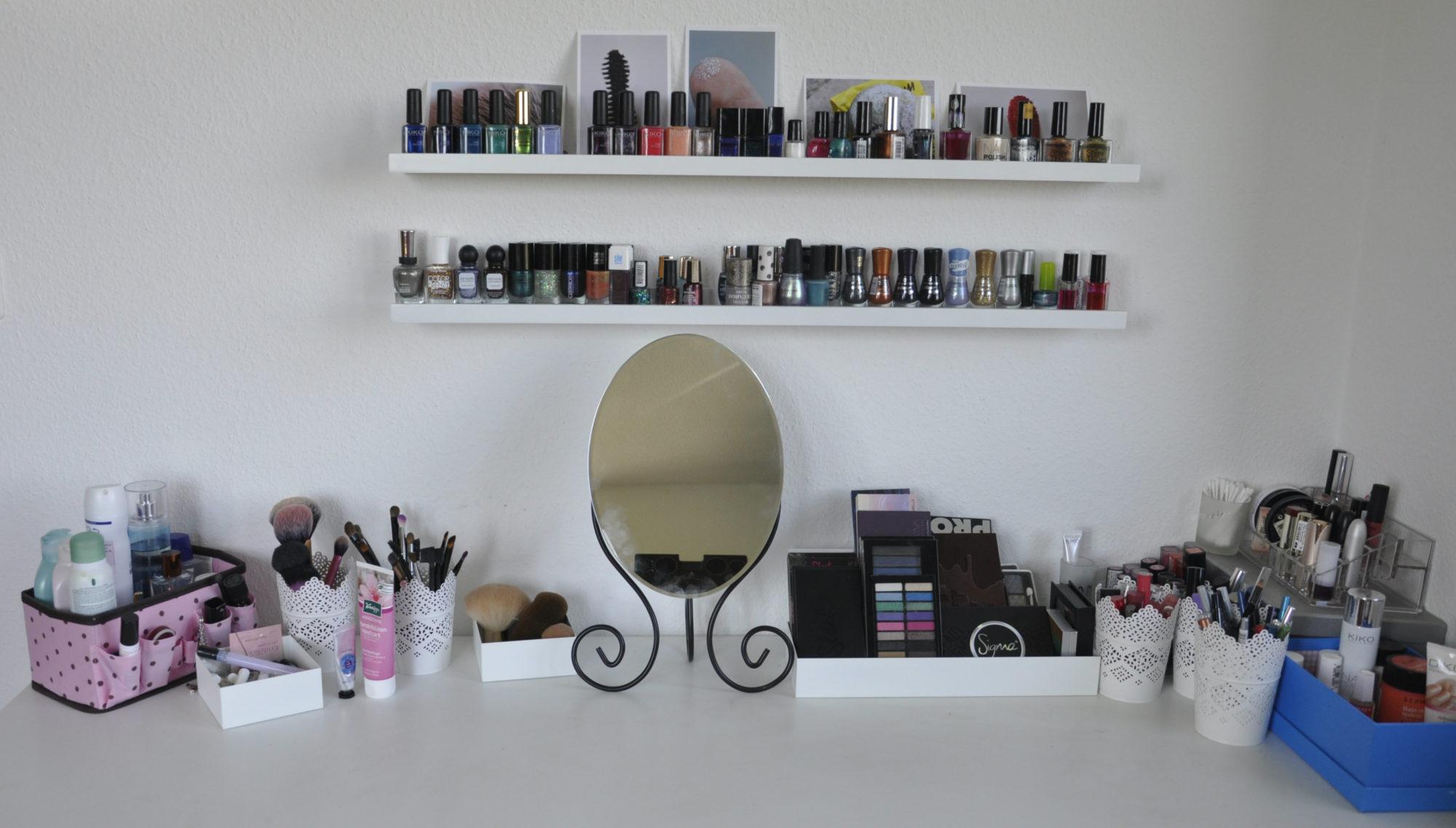 comment je range mon maquillage 2 r glisse myrtilles. Black Bedroom Furniture Sets. Home Design Ideas