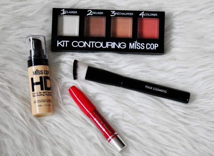 miss cop et son maquillage petit prix que vaut il r glisse myrtilles. Black Bedroom Furniture Sets. Home Design Ideas