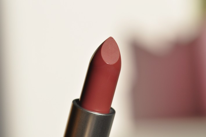 mac twig lipstick swatches