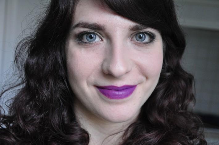 milani_lipstick_matte_glam_swatch
