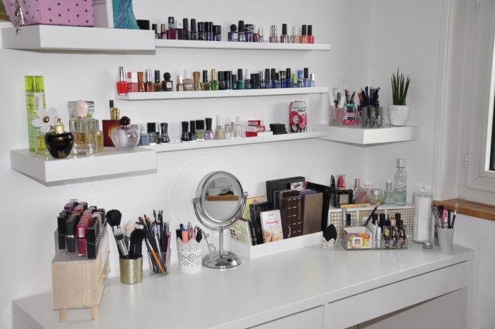 Ma coiffeuse o et comment je range mon maquillage r glisse myrti - Comment ranger sa coiffeuse ...
