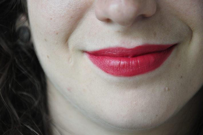 rouge_à_lèvres_boho_103_groseille_swatch