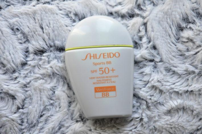 J ai reçu cette BB crème Shiseido pour test au mois de février, mais je  vous en parle que maintenant car la teinte me convient enfin pour faire des  photos ... 7c5d4fa56288